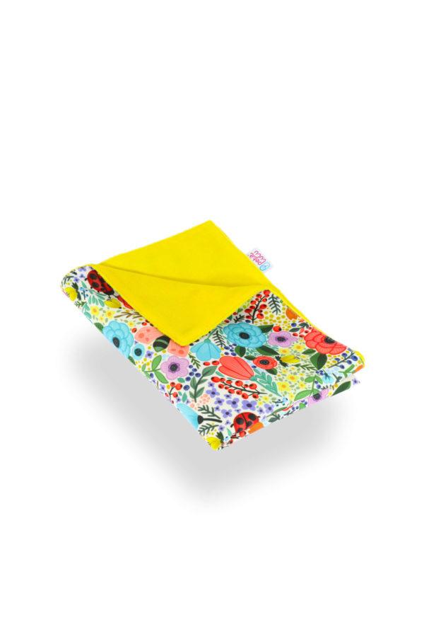 Produktbild 101781-Blumen-bunt-Wickelunterlage-petit-lulu und gelber Rueckseite