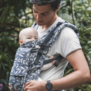 Lifestyle Bild Vater und Baby in LIMAS Flex Cool Grey-1